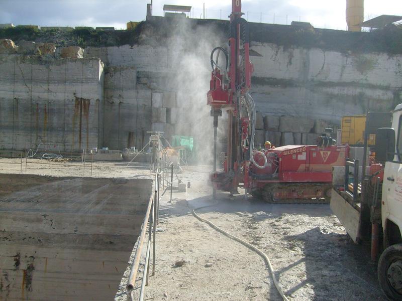 Macchina per pali fori taglio lastre marmo cave Mamertino tecno pozzi 2002 srl roma